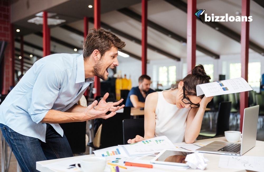 12 Signs of a Failing Business